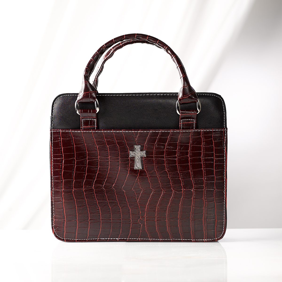 Purse-Style-with-Crocodile-Embossing-in-Burgundy-Bible-Cover-Size-Medium thumbnail 5